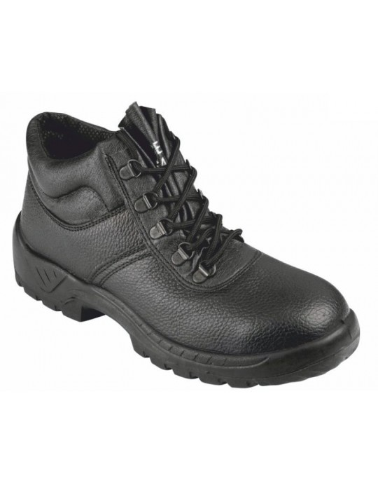 SBU02 Black Leather Chukka Safety Boot